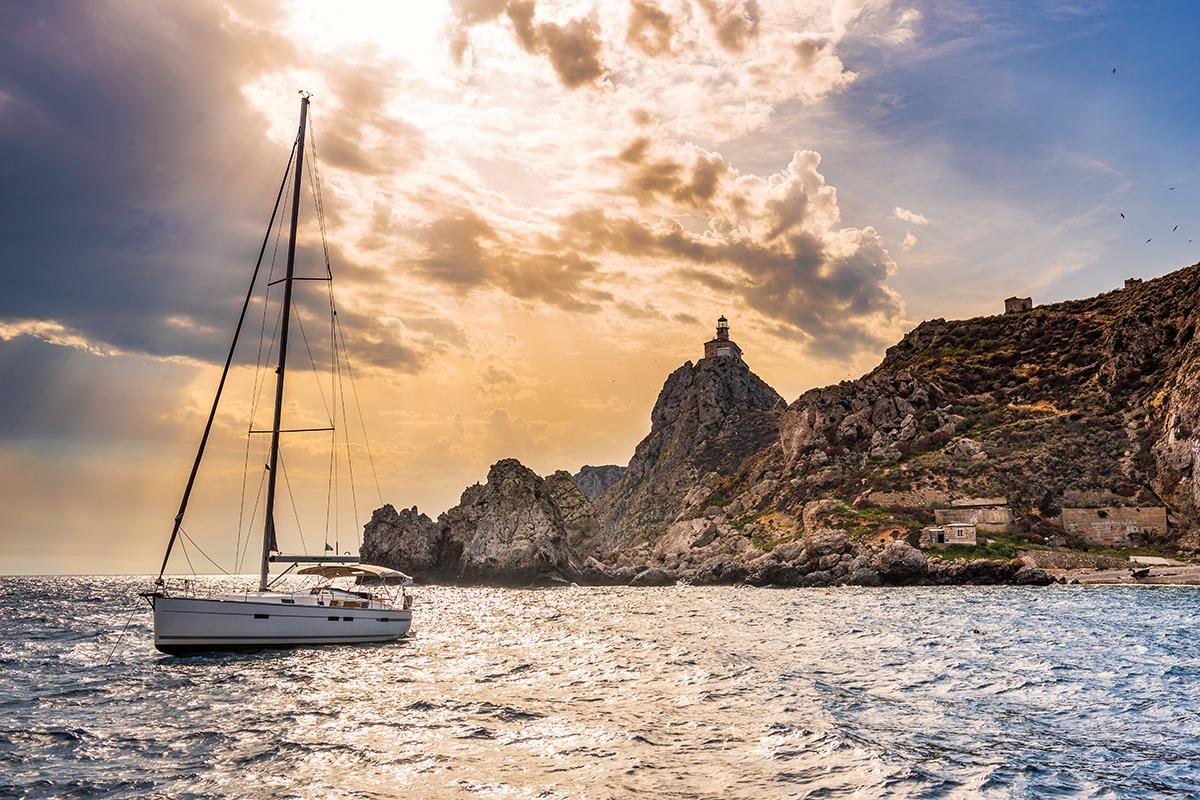 Palagruža lighthouse, croatia, adriatic sea