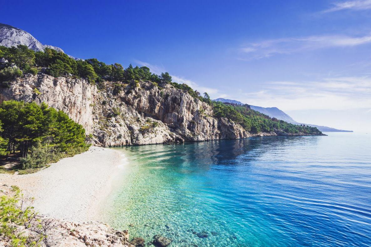 Pláž Nugal, Makarska,  pláží v Chorvátsku